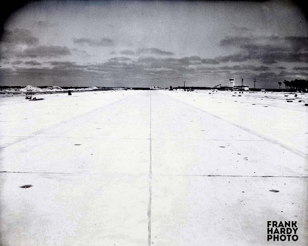Airport Noonan Const  6 _ RTP _ SFW