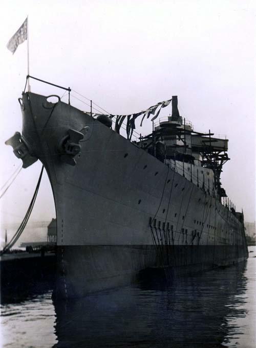USS Pensacola 4_RTP_10x13_17 June 16 _ SFW